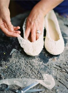 Constructing lace ballet flats by Cheryl Taylor Photograph by Rylee Hitchner Styling by Joy Thigpen Diy Wedding Shoes, Converse Wedding Shoes, Wedge Wedding Shoes, Designer Wedding Shoes, Bridal Shoes, Ballet Wedding Shoes, Ballerinas, Lace Ballet Flats, Diy Lace Shoes