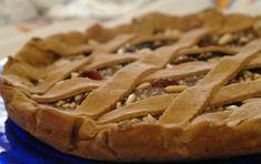 Crostata di castagne - una crostata di castagne, un dolce tipico dell'autunno, lungo da preparare ma non difficile, con un ripieno di castagne lessate, cannella, cacao e e latte.