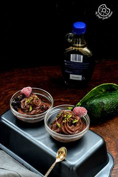 Try this DAIRY FREE AVOCADO CHOCOLATE MOUSSE WITH PISTACHIO AND RASPBERRY TOPPINGS! #easter #dessert #mousse #eggfree #chocolate #foodstyling #sweets #dairyfree #glutenfree #foodphotography #whatveganseat #vegan #foodie #foodporn #foodgasm #delicious #nomnom #goodfood #holiday2015