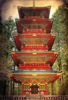 Five-story pagoda - Nikko Tosho-gu Shinto, Nikko, Tochigi, Japan
