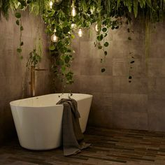 Seija Strand suunnitteli neljä upeaa kylpyhuonetta. Beautiful Homes, Bathtub, Dreams, Deco, Bathroom, Interior, House, Design, Houses