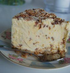 osteiskake med daim Food And Drink, Pudding, Cakes, Baking, Decoration, Tips, Blogging, Decor, Cake Makers