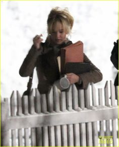 Jennifer Lawrence Gets to Work on David O. Russell's 'Joy'