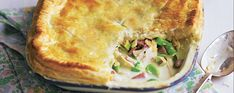 Chicken and leek in a pie topped with pastry Asda Recipes, Leek Recipes, Veggie Recipes, Chicken Recipes, Cooking Recipes, Savoury Recipes, Snack Recipes, Chicken And Leek Pie, Puff And Pie