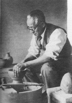 Handeishi Kawakita.