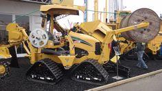 vibratory plow - aratro vibrante cingolato (Bauma 2013 - München; Fabrizio Panella)