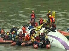 Galdino Saquarema Noticia: O resgate de vítimas de queda de avião em Taiwan