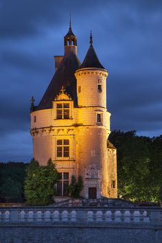 Chateau de Chenonceau, spanning the River Cher, near the small village of Chenonceaux in the Indre-et-Loire département of the Loire Valley in France.