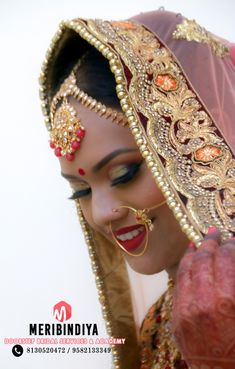 Airbrush Bridal Makeup at Venue with Meribindiya Bridal Team Best Makeup Artist, Professional Makeup Artist, Mehndi Makeup, Best Bridal Makeup, Engagement Makeup, Makeup Package, Bridal Packages, Bridal Makeover, Makeup Services