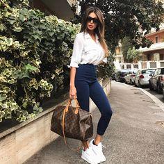 "49.4 mil curtidas, 205 comentários - Cristina Buccino (@cribuccino) no Instagram: ""#andiamo #springintheair #myoutfit @kontatto_official @kontatto_store"""