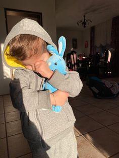 Cute Baby Girl Pictures, Cute Baby Boy, Cute Little Baby, Cute Baby Clothes, Little Babies, Baby Love, Cute Kids, Baby Kids, Cute Family