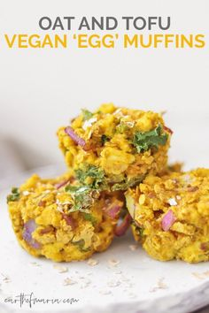 Savoury Oat And Tofu Vegan Egg Muffins Who wants some vegan egg muffins? These ones are a great savoury alternative, using tofu, chickpea flour and oats. Enjoy them as a make-ahead breakfast on the go, or a quick and tasty snack. Healthy Vegan Snacks, Vegan Breakfast Recipes, Delicious Vegan Recipes, Tofu Breakfast, Tasty, Vegetarian Recipes, Savoury Recipes, Tofu Recipes, Vegan Meals