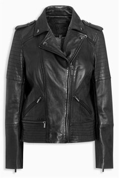 If you don't own a leather jacket, where have you been?! Add this timeless piece to your wardrobe by tapping the image to shop!