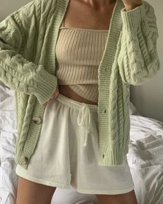 Lounge Outfit, Lounge Wear, Cute Casual Outfits, Girl Outfits, Fashion Outfits, Fashion Tips, Mint Green Aesthetic, Jugend Mode Outfits, Neue Outfits