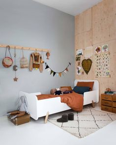 kids room - So great to see the garland in this beautiful shoot for Ukkepuk meubels in the beautiful house of Tessa Hop - Scandinavian Interior Bedroom, Scandinavian Kids Rooms, Kids Bedroom Dream, Deco Kids, Baby Boy Rooms, Nursery Neutral, Kids Decor, Kids House, Kids Furniture