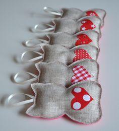 Décorations de noël petits chats en lin coeur rouge