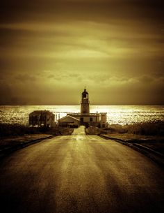 To the Lighthouse by Picouso  on 500px