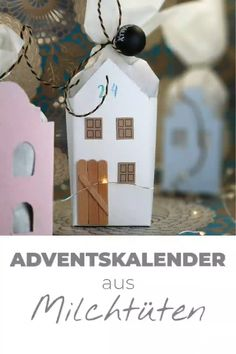Advent calendars can be easily, fix and mega cheap to make yourself. Here I show you a variant of old milk cartons very magical Advent calendar cottage to tinker. A really cool upcycling idea that you Advent Calendar For Men, Upcycled Crafts, Diy Crafts, Wood Crafts, Paper Crafts, Christmas Diy, Christmas Ornaments, Gift Packaging, Diy Videos