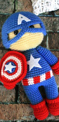 PDF Капитан Америка крючком. FREE crochet pattern; Аmigurumi doll patterns. Амигуруми схемы и описания на русском. Вязаные игрушки и поделки своими руками #amimore - Капитан Америка, супергерой, комиксы, Марвел, Captain America, Marvel Comics, кукла, doll puppet, muñeca boneca, poupée, puppe, panenka, bebek, lalka. Amigurumi doll pattern free; amigurumi patterns; amigurumi crochet; amigurumi crochet patterns; amigurumi patterns free; amigurumi today. Crochet Amigurumi Free Patterns, Afghan Crochet Patterns, Crochet Dolls, Free Crochet, Knitting Patterns, Amigurumi Doll Pattern, Crochet Gifts, Stuffed Toys Patterns, Beautiful Crochet