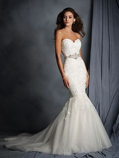 Alfred Angelo 2526Z Lace Mermaid Wedding Dress