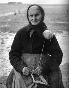 Johanne Kirstine Pedersdatter, 1821-1898. Note the yarn ball held at her shoulder
