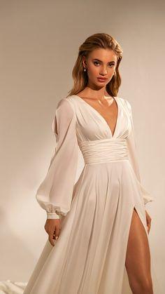 Ball Dresses, Satin Dresses, Elegant Dresses, Pretty Dresses, Beautiful Dresses, Ball Gowns, Evening Dresses, Dresses To Wear To A Wedding, Dream Wedding Dresses
