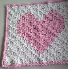 baby blanket with crochet edging Crochet C2c Pattern, Crochet Cross, Crochet Blanket Patterns, Preemie Crochet, Crochet Yarn, Crochet Stitches, Crochet Heart Blanket, Crochet Blankets, Manta Crochet