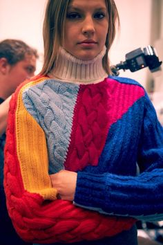 The Darker Horse: Colorful Cable Patchwork Knitwear Fashion, Knit Fashion, Vogue Knitting, Hand Knitting, Shirt Designs, Knitting Designs, Sweater Weather, Pulls, Lana