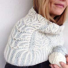 Rispen Cowl by Katrin Schubert | malabrigo Worsted in Natural and Pigeon