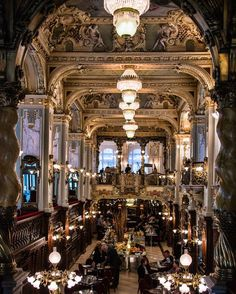 The Boscolo Budapest's greatest draw is the New York Café, a traditional coffeehouse of muraled ceilings and gilded columns that was at the forefront of Budapest's café scene at the turn of the 19th century.