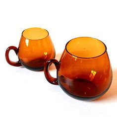 素敵なアンバーガラスのガラスマグカップ