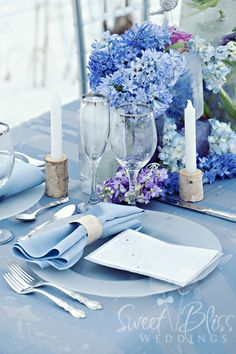 26 Ideas For Wedding Flowers Blue Table Place Settings Blue Table Settings, Table Place Settings, Beautiful Table Settings, Wedding Centerpieces, Wedding Decorations, Table Decorations, Tall Centerpiece, Wedding Arrangements, Wedding Tables