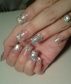 Queen Nails, Bling Nails, Queens, Nail Designs, Nail Polish, Nail Art, Pearls, Beauty, Beautiful