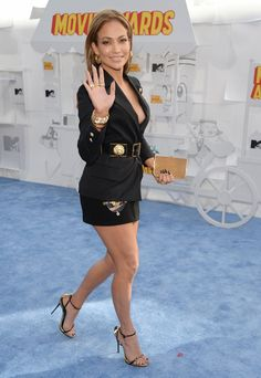 Pin for Later: Stars Stun on the MTV Movie Awards Red Carpet Jennifer Lopez