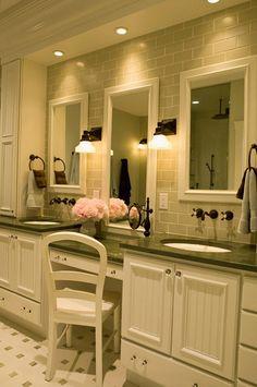 Классика в интерьере ванной