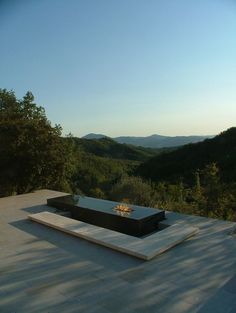 Outdoor minimalist gas fire table