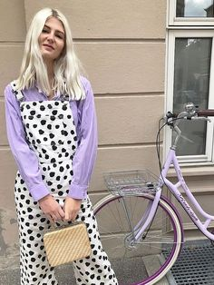 Bored with your basics? Instead, shop these statement pieces that were made for stylish summer outfits. Looks Chic, Looks Style, Style Me, Funky Style, Outfits Inspiration, Inspiration Mode, Colourful Outfits, Colorful Fashion, Quirky Fashion
