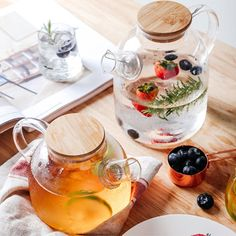 The art of tea service. This eye-pleasing Heat Resistant Glass Teapot showcases an elegant minimalist design. Make your beautiful blooming teas or cold infusions the center of attention! Infusion Bio, Apollo Box, Heat Resistant Glass, Glass Teapot, Flower Tea, Tea Art, Tea Recipes, Kitchen Items, Tea Time