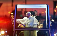 The Pope waved as his motorcade traveled down Benjamin Franklin Parkway towards the main stage at the Festival of Families
