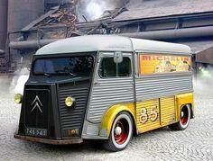 One of the coolest vans ever. Citroen H Citroen Type H, Citroen H Van, Citroen Cake, Classic Trucks, Classic Cars, Van 4x4, Volkswagen, Step Van, Combi Vw