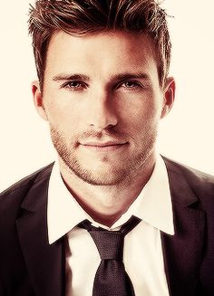Scott Eastwood - another reason why I like Clint Eastwood. Nicholas Sparks, Gorgeous Men, Beautiful People, Hot Guys, Gentleman, The Longest Ride, Raining Men, Clint Eastwood, Scott Eastwood Movies
