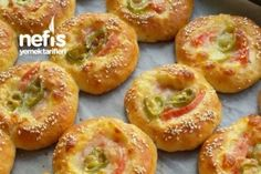 potato patties with cheddar cheese Potato Patties, Cheddar Cheese, Bagel, Doughnut, Kids Meals, Food And Drink, Pizza, Cooking Recipes, Bread