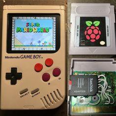 Game Boy Zero mit Raspberry-Pi-Herz. (Bild: sudomod.com)