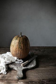Pratos e Travessas: Muffins de espelta, abóbora, alho francês e queijo Idiazabal # Spelt, pumpkin, leeks and Idiazabal cheese muffins | Food, photography and stories