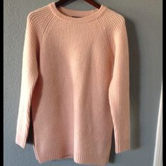 Oversized sweater Peach oversized sweater .New without tags,never worn.slits on both sides. Forever 21 Sweaters