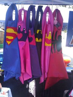 super cute, superhero capes..  awesome party favor idea!