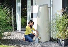 Depósito decorativo para recuperar agua de lluvia