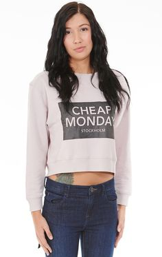 Cheap Monday Expand Sweat Cheap Monday, Sweater Design, Cropped Sweater, Sweaters For Women, Cute Outfits, Turtle Neck, Pullover, Crop Tops, Knitting