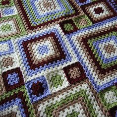 Big and small granny squares