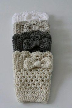 Grey Bow Boot Cuffs Boot socks leg warmers with a by TheHappiNest discountuggsboots.pn cheap ugg boots , FASHION WINTER STYLE, save up to Guêtres Au Crochet, Mode Crochet, Crochet Boot Cuffs, Crochet Boots, Uggs, Bracelet Crochet, Bow Boots, Cowgirl Boots, Riding Boots